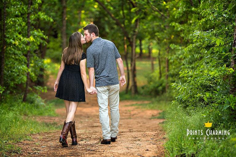 PCP_TrLa_5476(pp_w768_h512) Travis and Lauren's Engagement Portraits Engagements