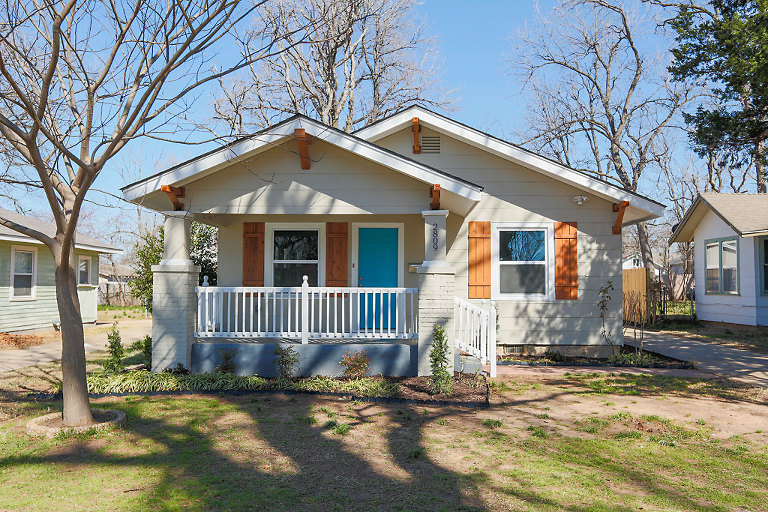 PCP_MoCh_7927(pp_w768_h512) MLS Photos: The cutest little newly remodeled bungalow in OKC Real Estate